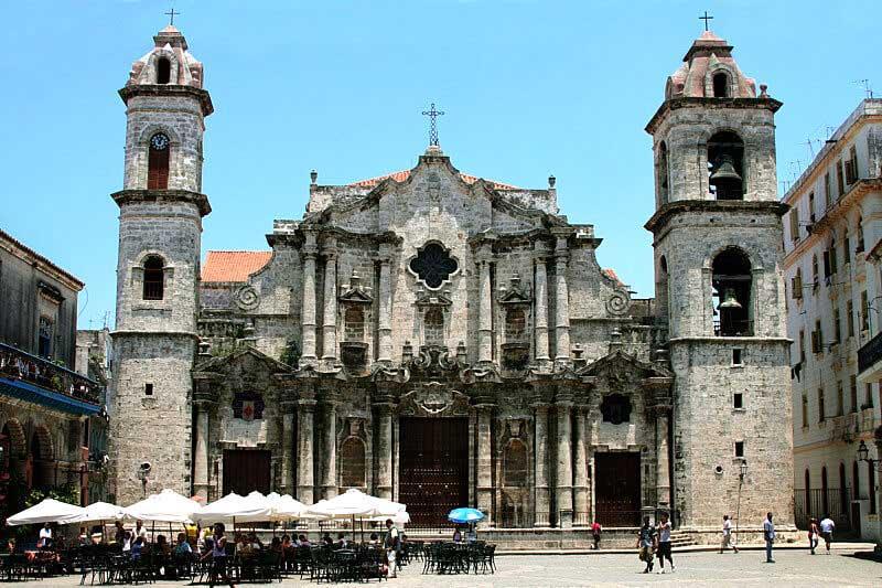 Architecture baroque cubaine vue d ensemble cuba tr sor for L architecture baroque